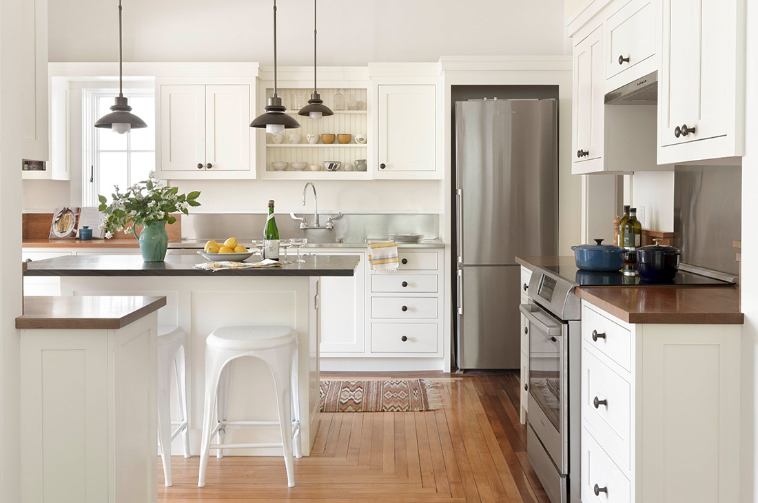 picture of white kitchen and hardwood floors